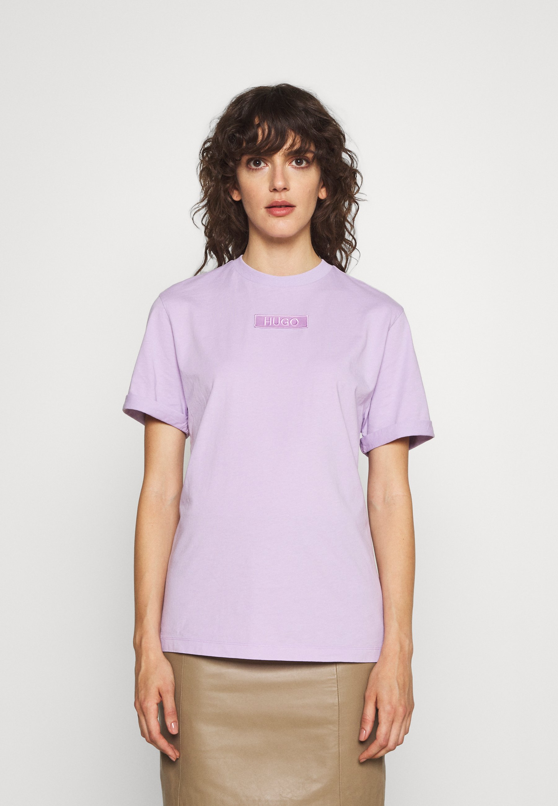 Women THE GIRLFRIEND TEE - Basic T-shirt