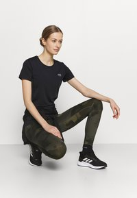 Kari Traa - NORA TEE - Print T-shirt - black - 3