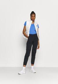Columbia - RULES SHORT SLEEVE - T-shirt basic - harbor blue - 1