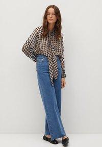 Mango - VITTORIA - Button-down blouse - rot - 1