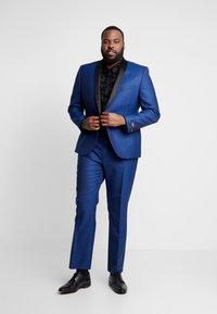 Twisted Tailor - REGAN SUIT PLUS - Suit - blue - 0