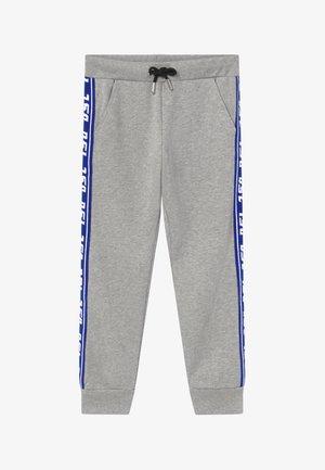 Teplákové kalhoty - grey melange base contrast blue