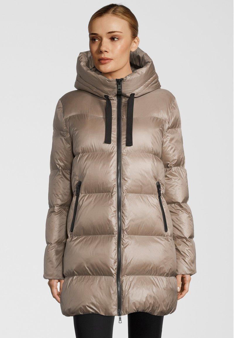 No.1 Como - Down coat - beige