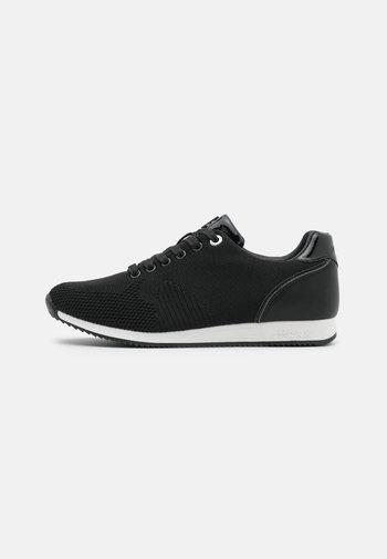CATO - Trainers - black