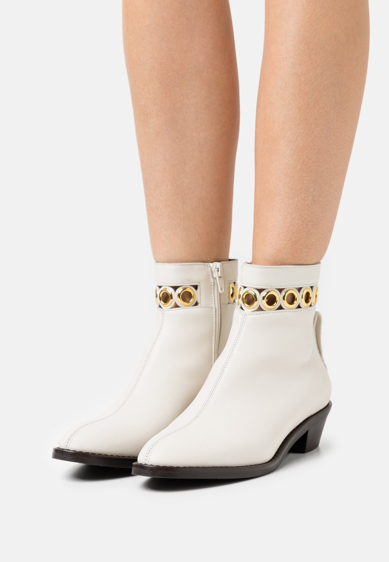 See by Chloé - STEFFI BOOTIE - Classic ankle boots - natural