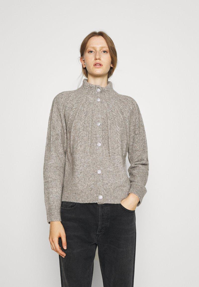 Bruuns Bazaar - AISHA EMILY CARDIGAN - Cardigan - light grey
