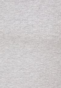 Gina Tricot - MIRANDA TANK 2 PACK - Top - white/grey melange - 4