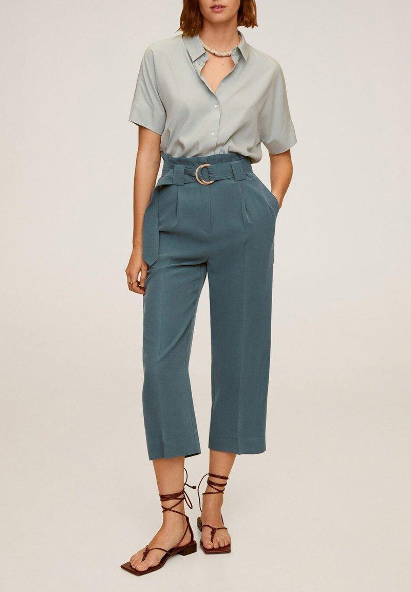 Mango - LOL - Spodnie materiałowe - green