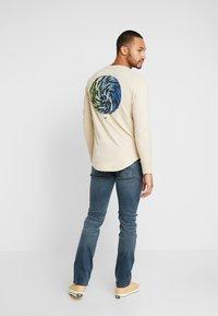 Tommy Jeans - SCANTON SLIM - Slim fit -farkut - blue denim - 2