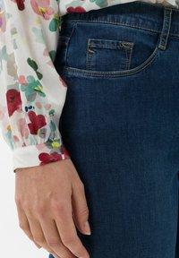 BRAX - STYLE CAROLA - Slim fit jeans - used regular blue - 3