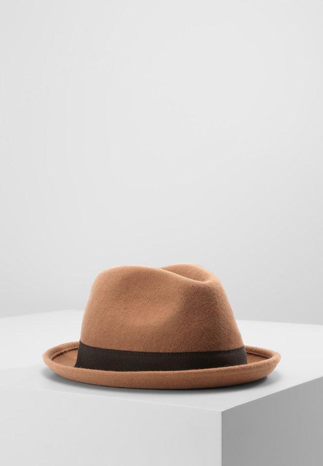 TRENTO - Hat - camel