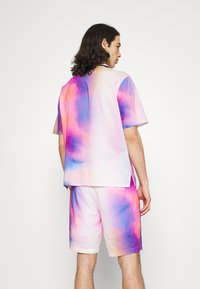 Calvin Klein Jeans - PRIDE OVERSHIRT UNISEX - Shirt - pride marble - 2
