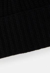 Filippa K - CORINNE HAT - Čepice - black - 5