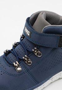 Primigi - UNISEX - Classic ankle boots - navy - 5