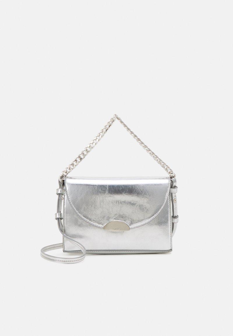PARFOIS - CROSSBODY BAG NURIA - Across body bag - silver