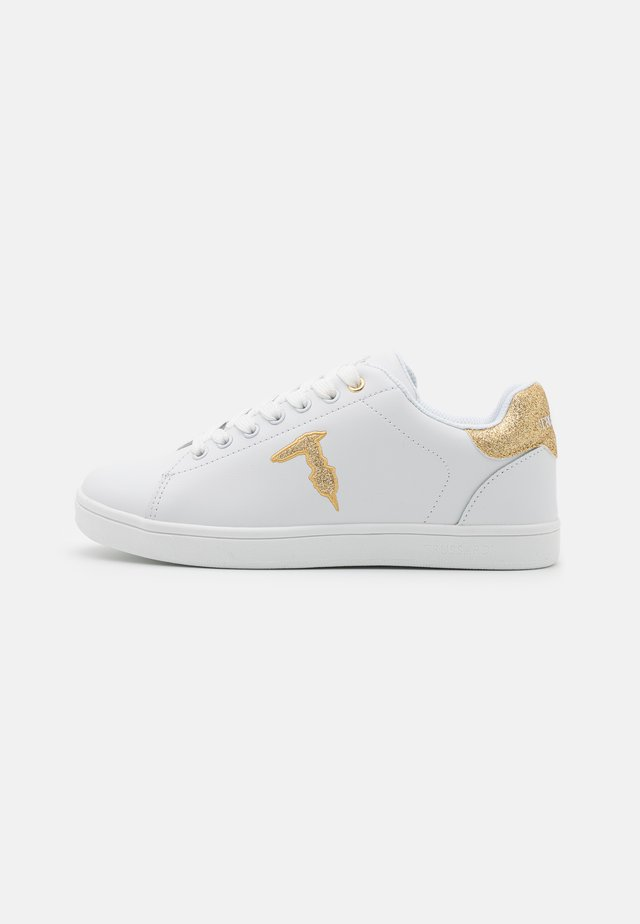 GLITTER PATCH - Sneakersy niskie - white/gold