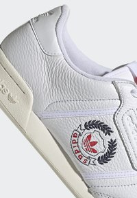 adidas Originals - CONTINENTAL 80 SHOES - Trainers - ftwr white/ftwr white/off white - 8