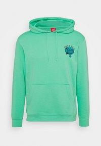 Santa Cruz - UNISEX DRESSEN PUP DOT HOOD - Sweatshirt - jade green - 4