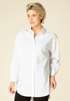TINKA - Overhemdblouse - white