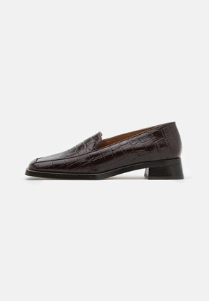 CHIARA WASH - Slip-ons - brown