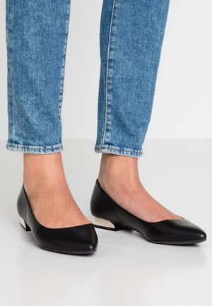 ANKAI - Ballet pumps - black
