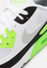 Nike Golf - AIR MAX 90 G - Golfskor - white/neutral grey/black/flash lime - 5