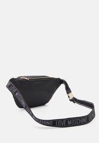 Love Moschino - QUILTED SOFT - Bum bag - nero - 2