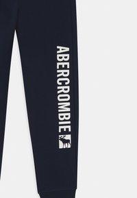 Abercrombie & Fitch - LOGO - Trainingsbroek - navy - 2