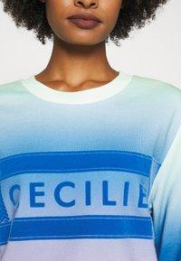 CECILIE copenhagen - MANILA RAINBOW - Sweatshirt - pastel green - 4