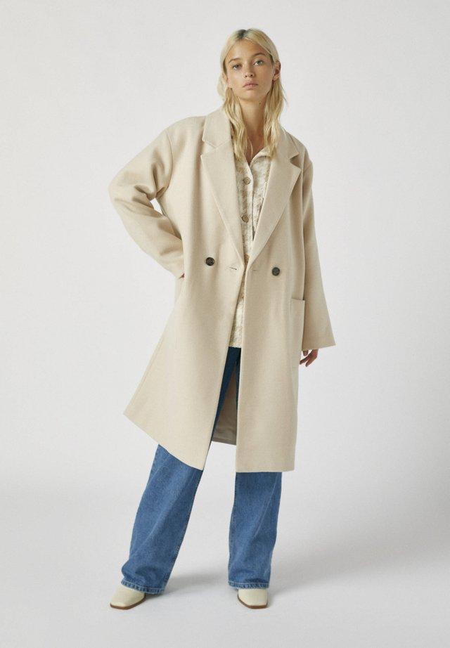 Mantel - beige