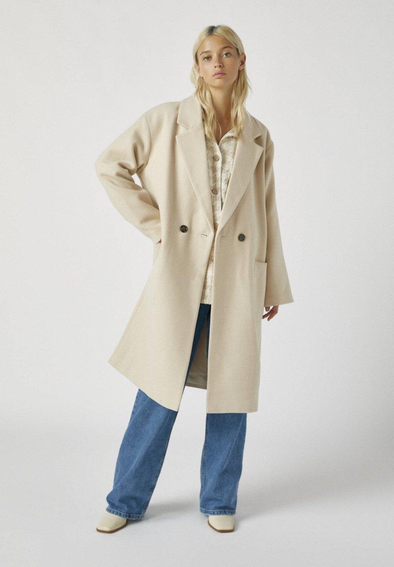 PULL&BEAR - Zimní kabát - beige