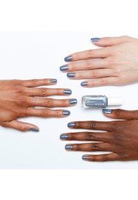 Essie - EXPRESSIE - Nail polish - air dry - 1