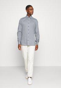 OLYMP Level Five - Level 5 - Formální košile - bleu - 1