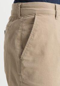 Lyle & Scott - Shorts - sand - 3