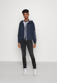 Tommy Jeans - TAPE SLEEVE  - Summer jacket - twilight navy - 1