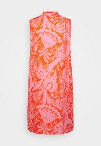Emily van den Bergh - Hverdagskjoler - orange/pink - 1