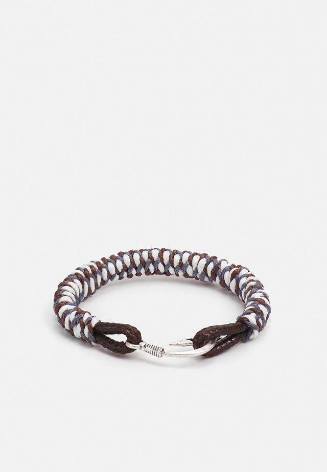 HOOKED CLASP BRACELET - Rannekoru - grey