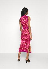 Never Fully Dressed - JASMINE MIDI SKIRT - Pencil skirt - orange - 2