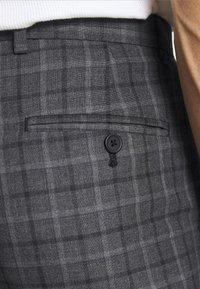 Burton Menswear London - CHECK 2 PACK - Kangashousut - navy - 6