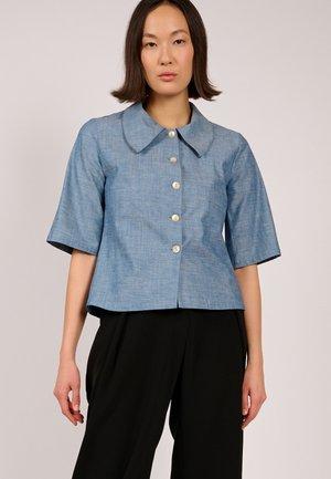 DUNA  - Button-down blouse - jeans
