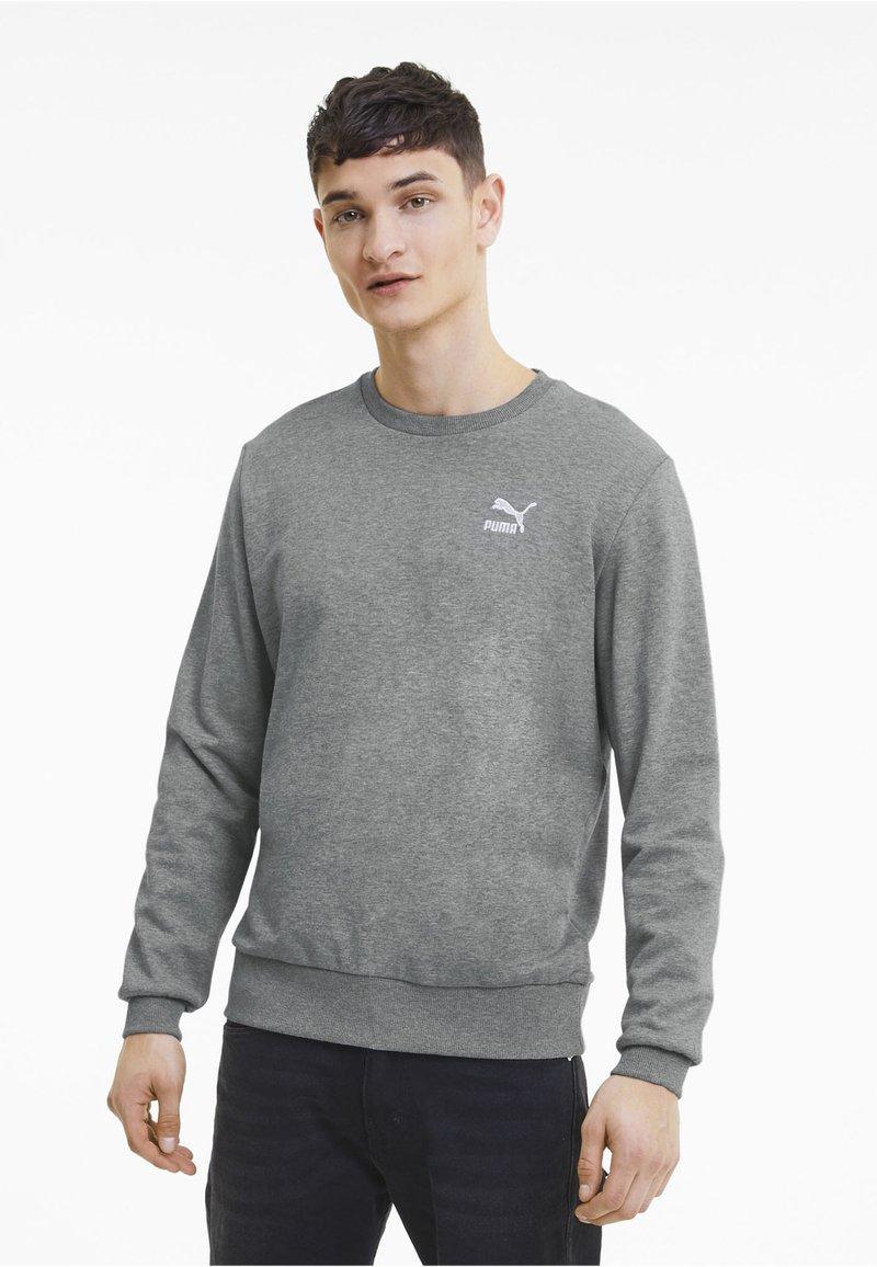 Puma - CLASSICS - Sweatshirt - medium gray heather