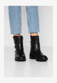 Dorothy Perkins - ALOHA BACK BUCKLE - Classic ankle boots - black - 1
