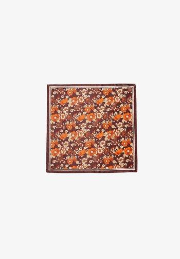Scarf - dark brown