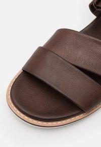 Lloyd - EFRAIM - Sandals - coffee - 5