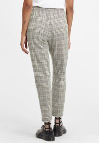 Oxmo - Trousers - monument - 2