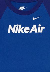 Nike Sportswear - AIR FRENCH BABY SET  - Broek - deep royal blue - 4