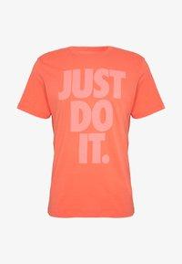 Nike Sportswear - JDI WASH TEE - Print T-shirt - magic ember - 3