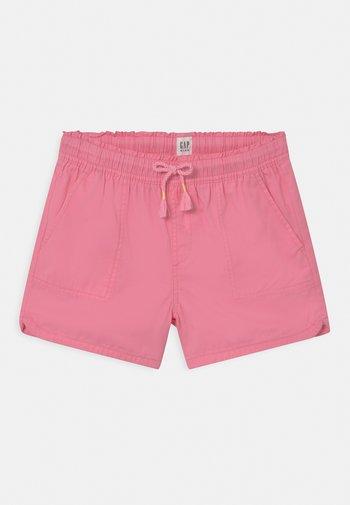 GIRL - Short - neon impulsive pink