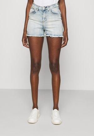 LAYLA - Shorts di jeans - inca undamaged wash