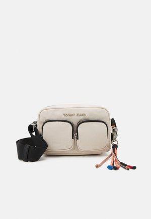 FASHION CROSSOVER DYE - Across body bag - beige